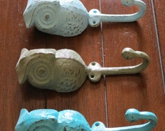 Set of 3 Owl Hook/Pick your Colors/Turquoise, Aqua and Sage Green/Shabby Chic Distressed/Towel Hook/Key Hanger/Jewelry Hanger