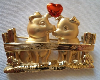 Vintage Signed Danecraft  Goldtone Pigs in Love Brooch/Pin