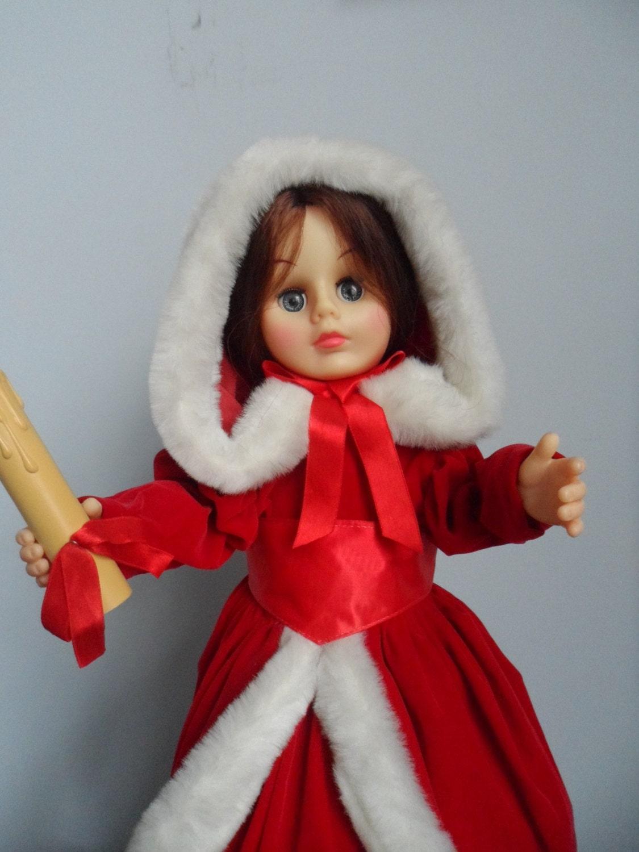 Animated Christmas Caroler Doll Rennoc Motionettes