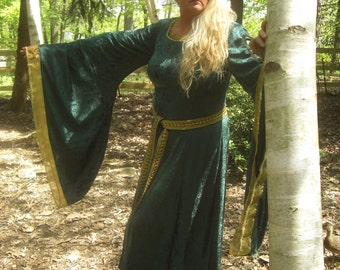 Queen Elinor Brave Dress Custom Renaissance, Custom To Fit YOur Size small to xlarge over xlarge Cosplay LARP