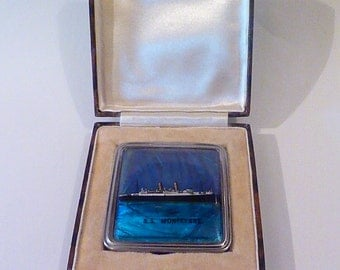 Extremely rare cased Stratnoid Blue Morpho Butterfly (Morpho peleides) compact 1920s compacts