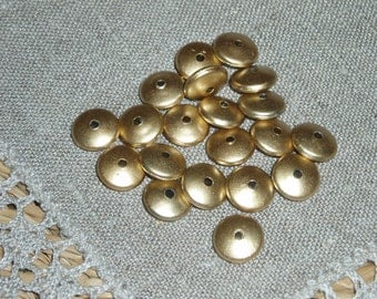 100 pcs Antique Gold Acrylic Beads, Flat Oval, 10mm in diameter