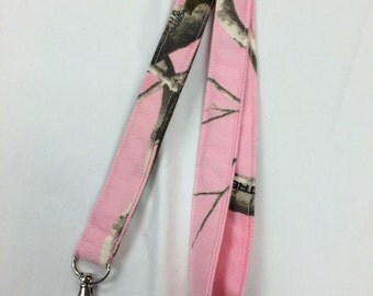 Pink Realtree Camo Lanyard ID Holder