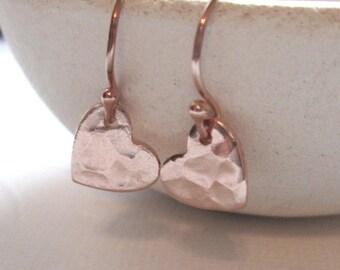 Tiny Rose Gold Heart Earrings / Rose Gold Hammered Heart Earrings/ Simple Rose Gold Dangles / Gold Hammered Earrings