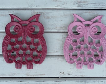 CHOOSE Color - Cast Iron OWL Trivet - Red or Pink or Iron - Rustic Retro Home Decor - Distressed Metal - Kitchen Decor
