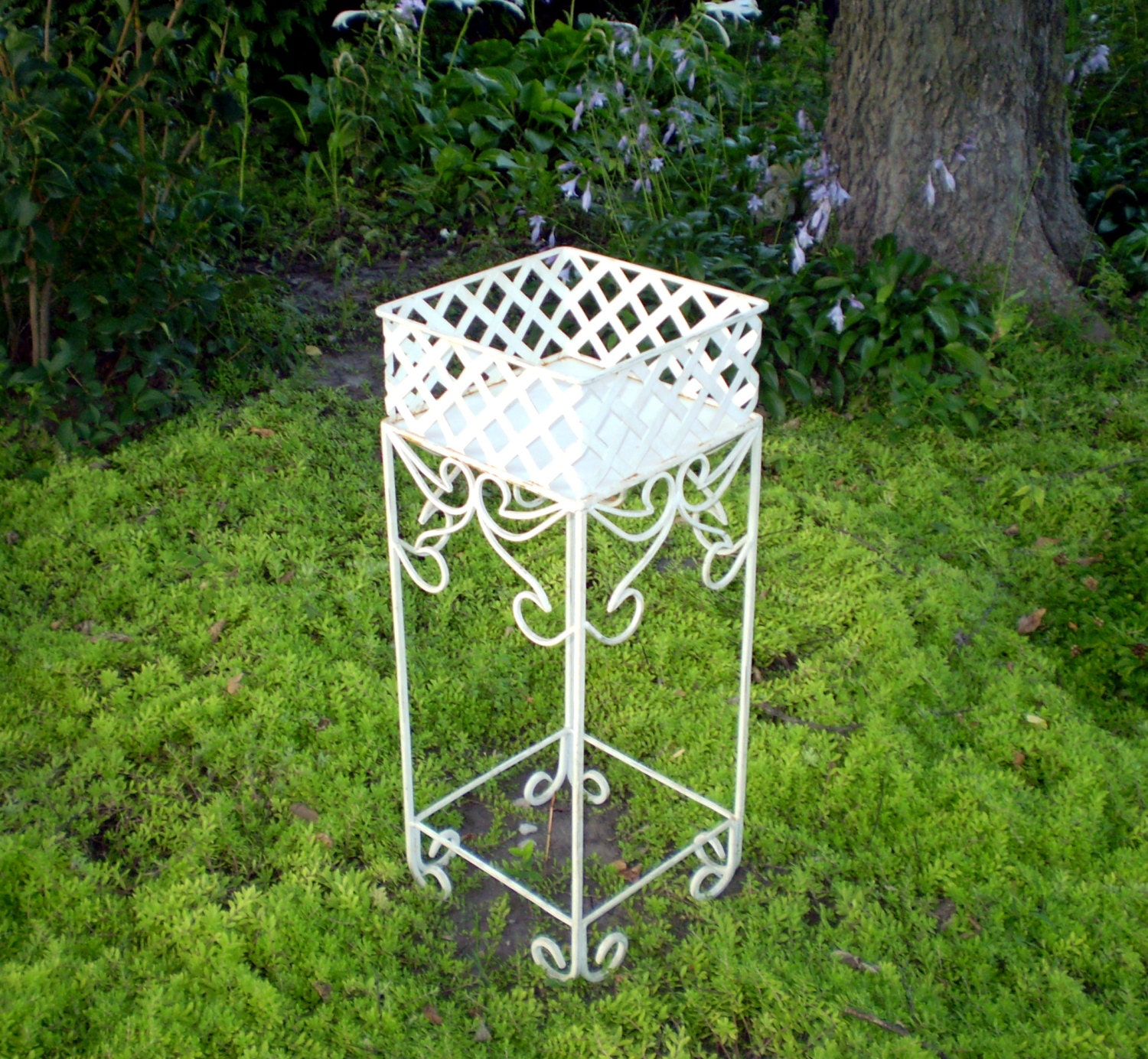 vintage wrought iron planter plant stand 26 tall by longagovintage. Black Bedroom Furniture Sets. Home Design Ideas