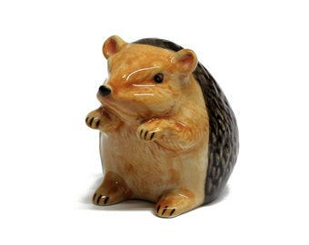 Miniature Animals Ceramic Hedgehog Figurine Hand painted