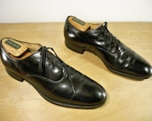 Vintage Freeman Shoes Black Leather Men's Plain Toe Lace Up Oxford Shoes Size 9 Medium Made in the USA