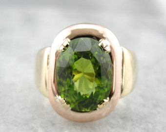 Modernist Vintage Gold Ring with Large Peridot of Exceptional Quality - VPMJAX-P