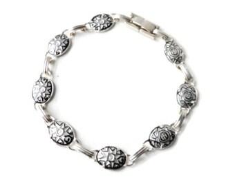 Vintage Silvertone Enamel South Western Sunburst  Oval Link Panel Bracelet  - eid gift