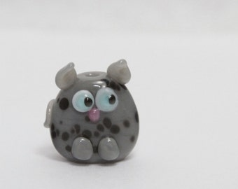 Glass Cat Lampwork Focal Bead. Gray with black dots