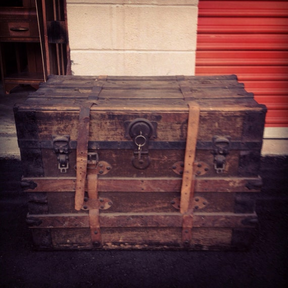 Antique Trunks As Coffee Tables: Antique Trunk Steamer Trunk Rustic Furniture Trunk Coffee