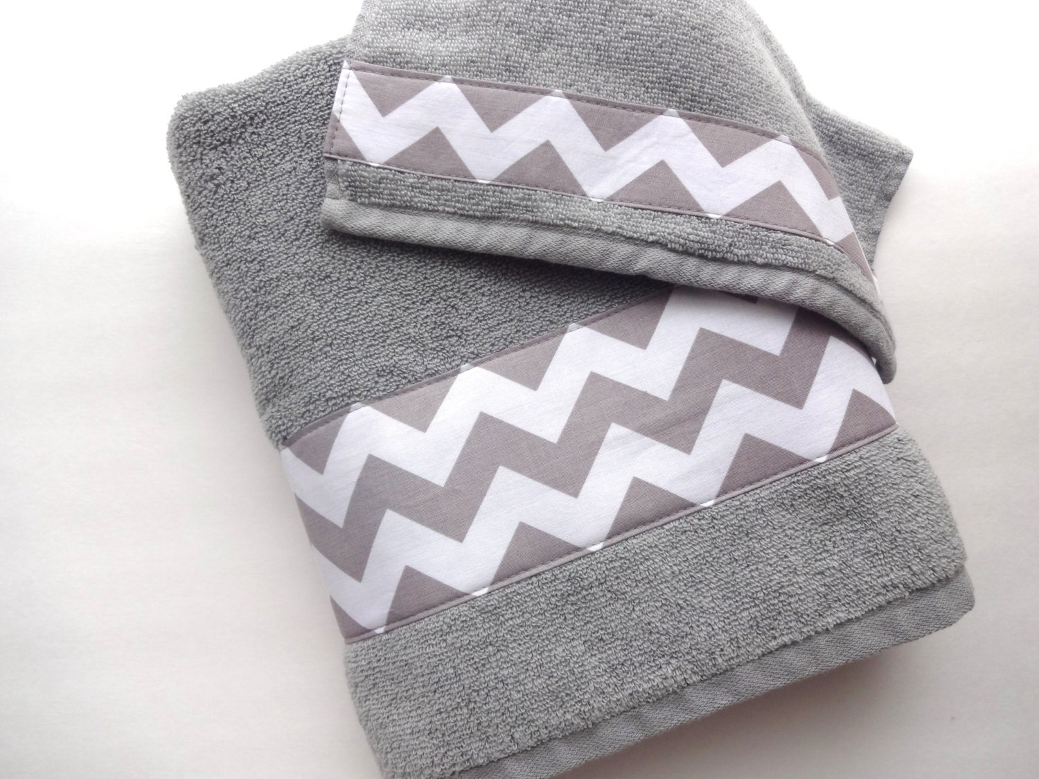 Grey chevron towels towel hand towel bath towel grey for Grey and white bathroom accessories