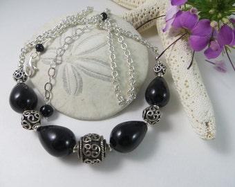 Black Onyx teardrop necklace, Black Onyx necklace, Onyx necklace, Bali Necklace, Sterling Silver Chain necklace, Sterling Silver necklace