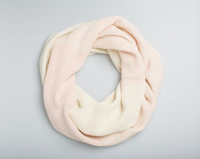 Ombre pale rose and white baby alpaca wool Infinity Scarf / Loop Scarf / Cowl Scarf / alpaca wool Circle Scarf