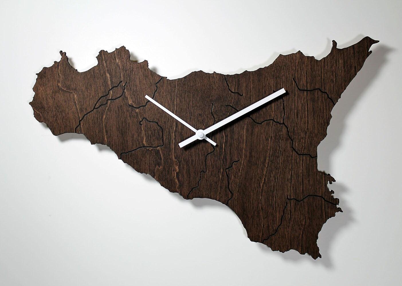 Carte de sicile horloge murale pays découpé au par nygaarddesign