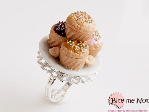 Food Jewelry Cupcake Ring - Romantic Gift, Miniature Food, Cupcake Jewelry, Polymer Clay Sweets, Mini Food, Kawaii Jewelry, Romantic Jewelry