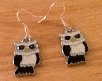 Black & White Owl earrings