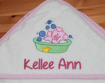 Personalized Velour Terry Cloth Hooded Bath Towel - Pig in Bath - Hooded Bath Towel - Kids Towel - Baby Towel - Swim Towel