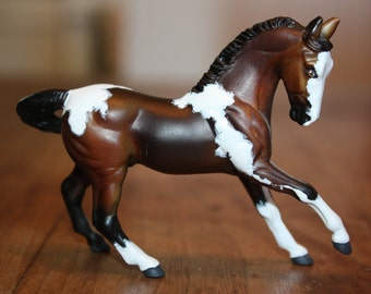 Custom painted Breyer horse, Stablemate scale,Warmblood model, Bay tobiano paint