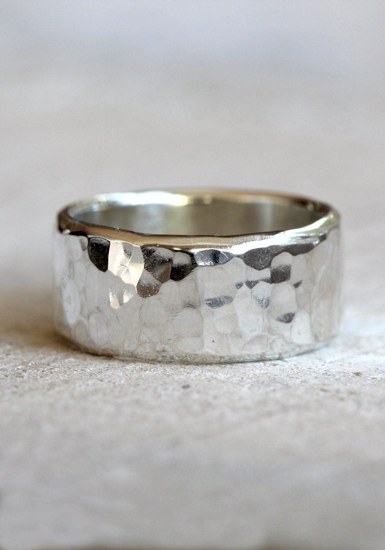 hammered band men 39 s wide band hammered ring in sterling. Black Bedroom Furniture Sets. Home Design Ideas