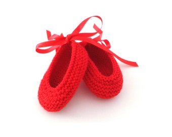 Instant download, Knitting PATTERN for red baby ballerinas (PDF file), knitted baby booties, baby sizes