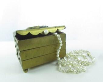 BRASS JEWELRY BOX, vintage jewelry box,Trinket Box, Metal Jewelry Box, decorative box,