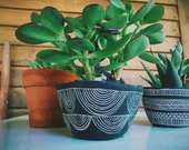 Planter with Hand Carved Arc Design - Ceramic Table Planter - Succulent Pot - Black & White - Sgraffito Pottery - Small Pot - Gift for Her