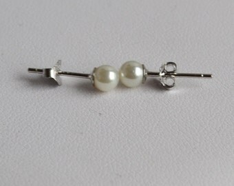 tiny pearl stud earrings,ivory pearl earrings,white earring,wedding earrings,pearl stud earrings,bridesmaid earrings,for wedding party