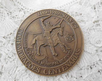 Vintage medal