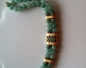 Vintage 1928 Company Jade Colored Choker Necklace