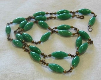 Stunning antique jade coloured glass necklace