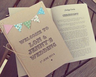 Order of Service Booklets with insert pages & country cottage bunting. Rustic wedding / Wedding Programme / Wedding Program, Menu Cards