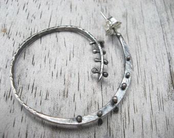 Sterling silver riveted spiral hoop earrings (E223)