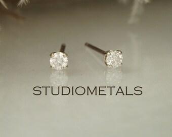 Small Diamond Studs, 14K Gold Diamond Stud Earrings, Diamond Earrings, Real Diamond Earrings, Stud Stud Earrings, April Birthstone, E146