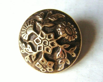 """Beautiful antique button, leaves, flowers, gilt on black bottom, 0.79"""""""