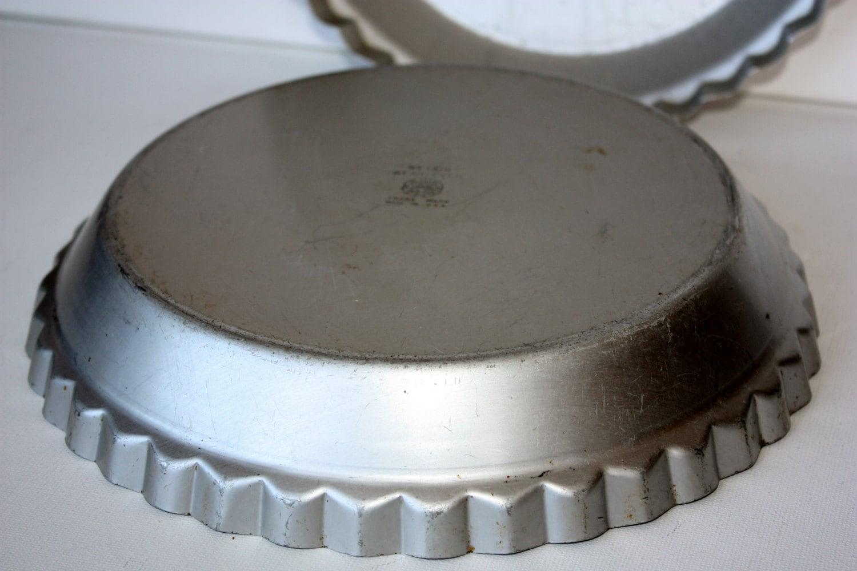 Vintage Aluminum Wear Ever Deep Dish Pie Pan Pie Dish Pie