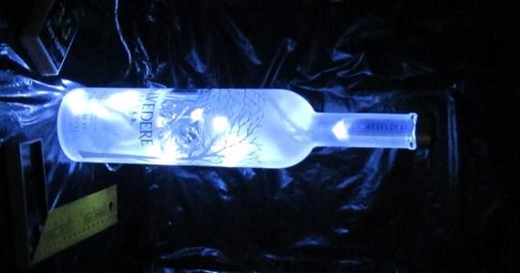 hnliche artikel wie upcycled belvedere vodka flasche. Black Bedroom Furniture Sets. Home Design Ideas