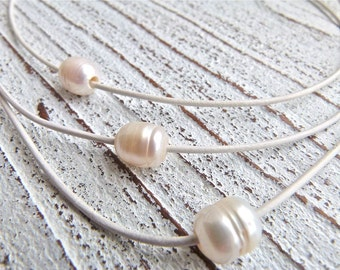 Leather Necklace white #22,freshwater pearls,Ladies Necklace,Handmade Jewelry,Multi-strand,Boho Chic,Women,Wedding,Gift for her,White
