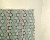 Honeycomb crib sheet