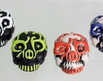 3D Style alien skull mask. Hand made and painted in Peru.        Sold in lots of x 4