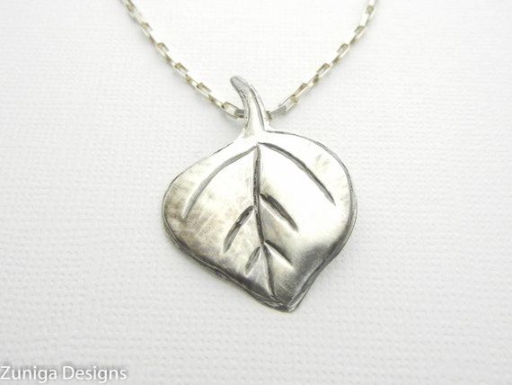 """Aspen Leaf Pendant Sterling Silver 1"""" x 1"""" Approx Size Silver with Sterling Silver Box Chain Necklace. Beautiful Gift for a Special Person."""