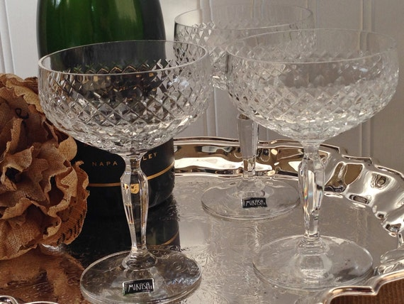 set of 6 crystal mikasa champagne coupe cocktail glasses. Black Bedroom Furniture Sets. Home Design Ideas
