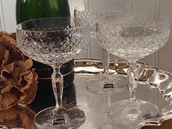 set of 6 crystal mikasa champagne coupe cocktail glasses. Black Bedroom Furniture Sets. Home Design Ideas