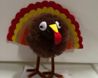 Thanksgiving Pom Pom turkey