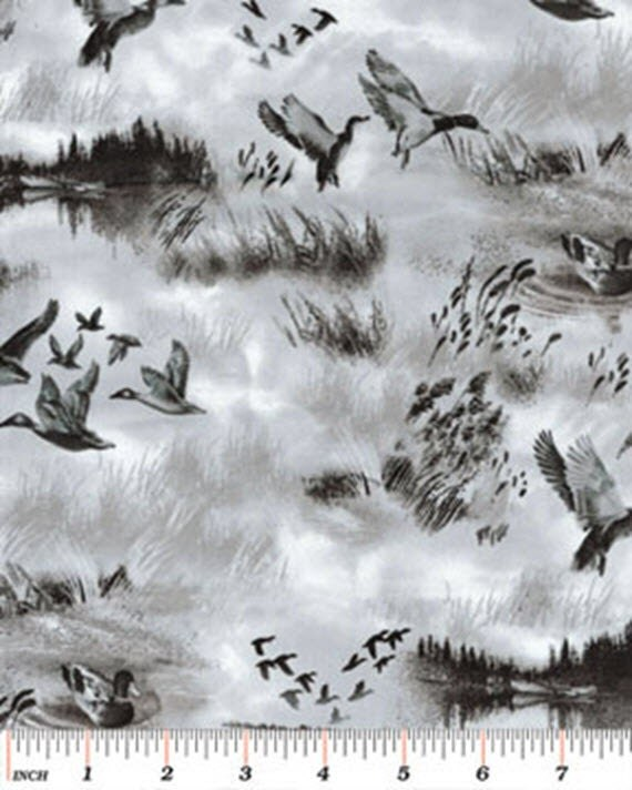 Fat Quarter North By Northwest Duck Hunt In Silver