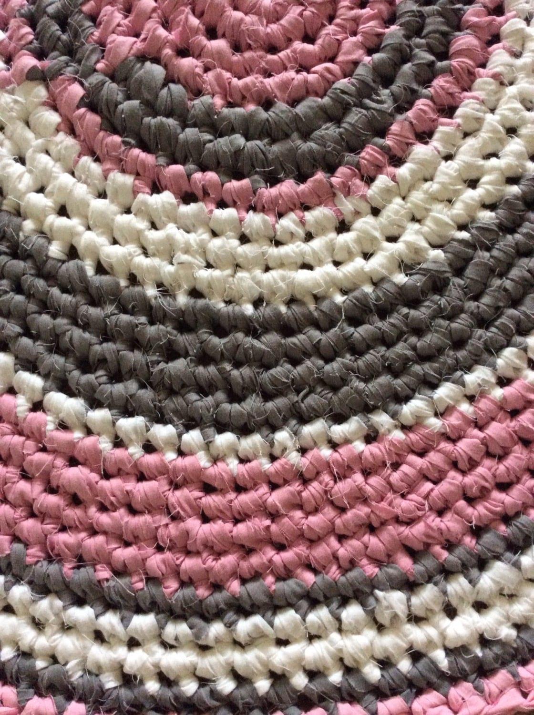 crochet pink and grey rug crochet rug cotton by. Black Bedroom Furniture Sets. Home Design Ideas