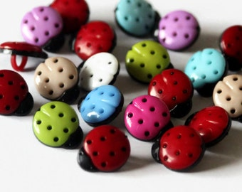 100 Ladybird Buttons Bulk Buy - 13mm x 15mm - Ladybug Insect Buttons - Mixed Bright Color - Plastic Buttons - Shank Back - SK23