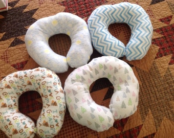 Infant/child neck support pillow