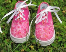 Little Girl's Customized Oxford Shoes in Pink and Gold in size 7 Toddler, Hand Painted Pink Canvas Lace Up Oxford Style Shoes
